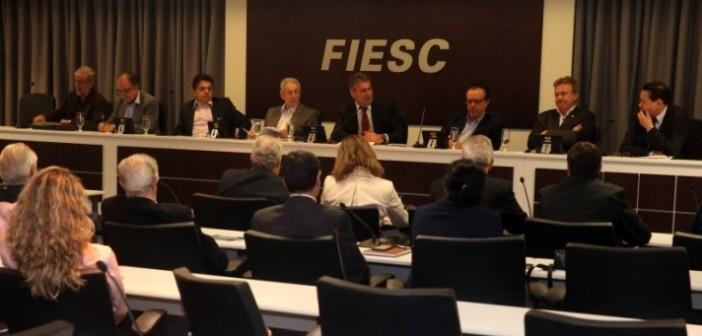 Fiesc sedia primeiro encontro macrorregional do Fórum Parlamentar Catarinense. FOTOS: Fábio Queiroz/Agência AL