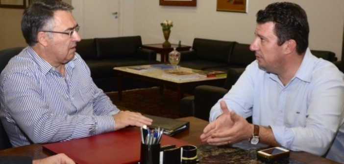 Governador e prefeito se reuniram nesta segunda-feira para tratar dos detalhes (Foto: Jaqueline Noceti SECOM)