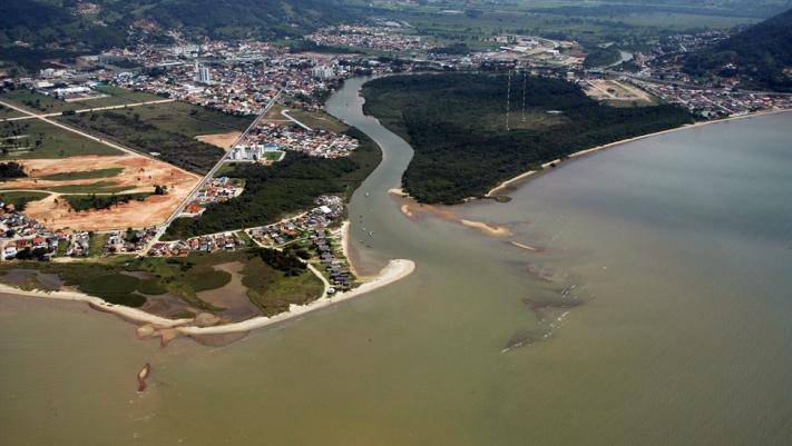 Biguaçu - foz do rio