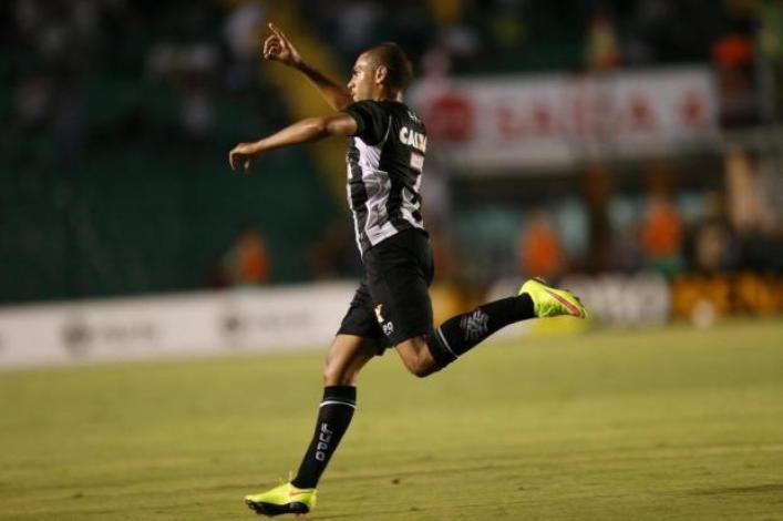 Clayton - Figueirense - Foto de Cristiano Estrela - Agencia RBS