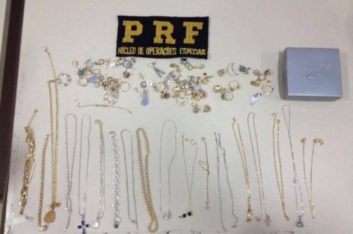 PRF apreende joias em Biguaçu - PRF