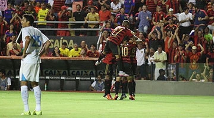 Avaí levou três gols do Sport no segundo tempo, na Ilha do Retiro