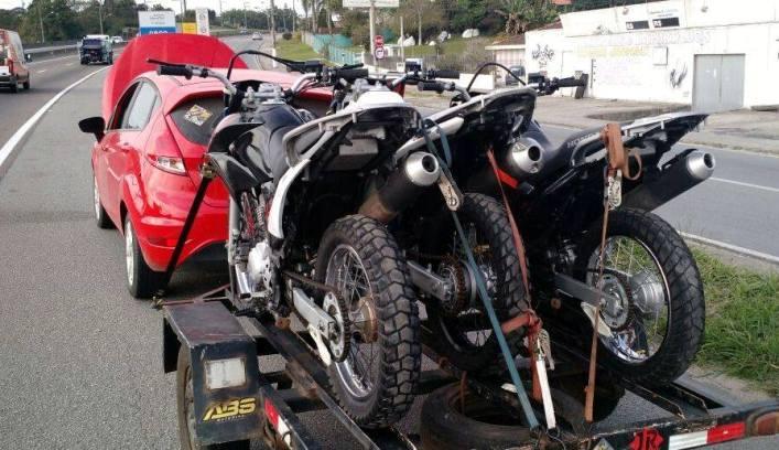 Motos estavam com chassi adulterado (Foto: PRF)