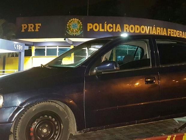Veículo foi apreendido pela polícia nesta sexta-feira (9) em Jacareí (Foto: Divulgação/PRF)
