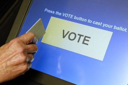 Ela diz que urna pode sofre manipulação (Foto: Reuters)