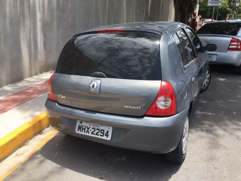 Carro usado pela dupla para cometer crimes na Grande Florianópolis (Foto: PM)